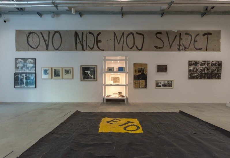 installation-view-non-aligned-modernity-exhibition-photos-by-andrej-sapric-5